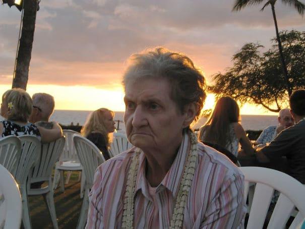 Впервые привезли бабушку на Гавайи