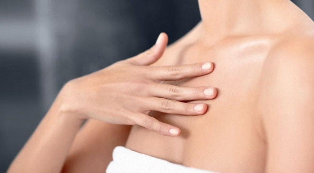 Массаж зоны груди