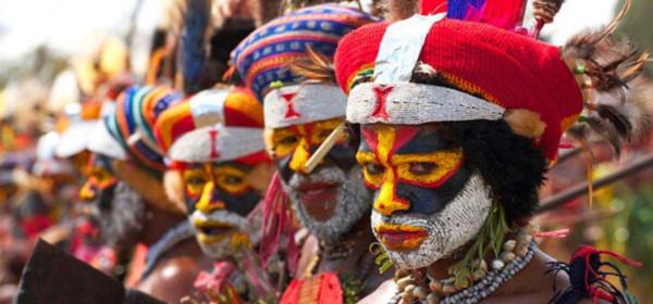 Самый короткий алфавит принадлежит языку папуасской группы