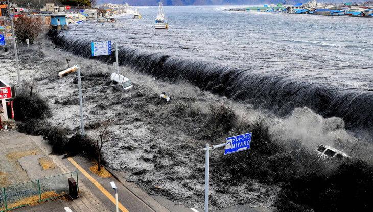 nachalo-odnogo-iz-samyh-strashnyh-tsunami-v-istorii-1