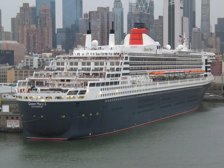 Queen-Mary-Ii-Manhattan