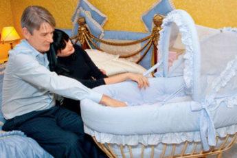 Александр Абдулов умер через 9 месяцев после рождения дочери
