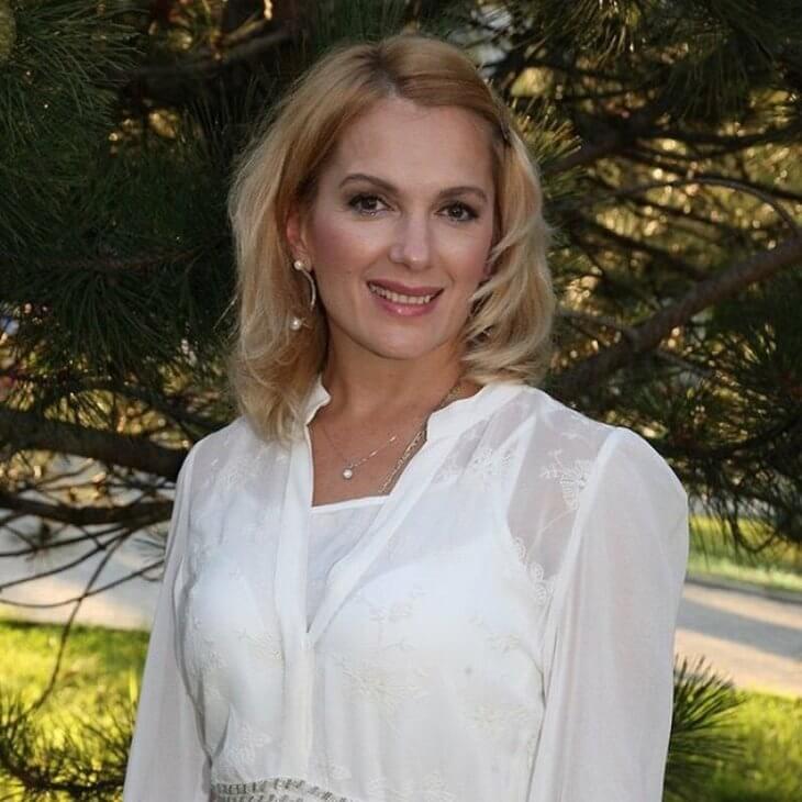 mariya-poroshina-pokazala-foto-v-kupalnike-13