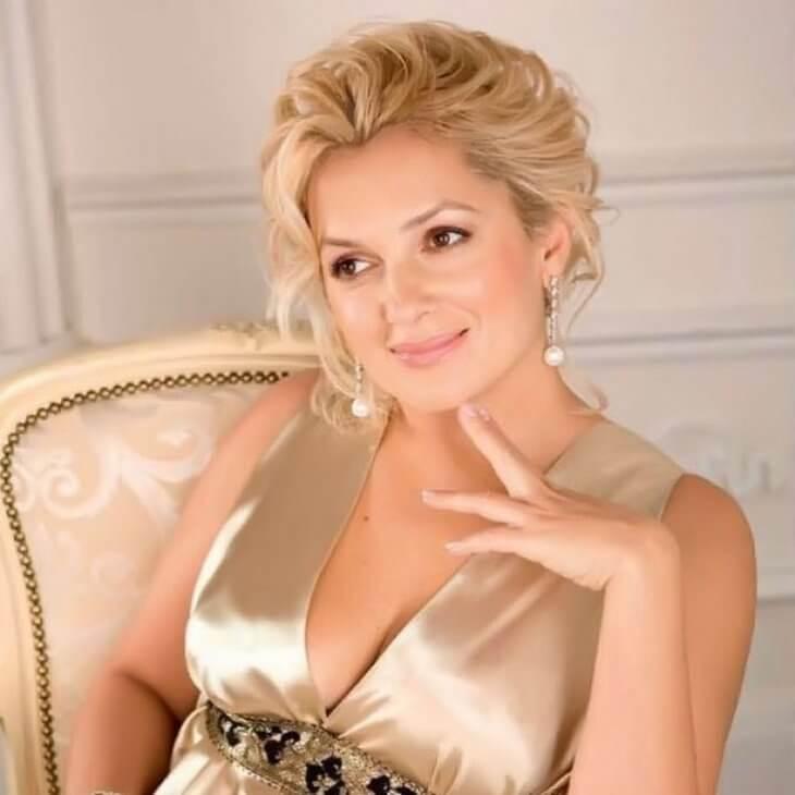 mariya-poroshina-pokazala-foto-v-kupalnike-7