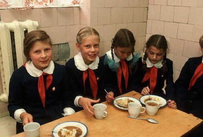 15-unikalnyh-fotografij-o-tom-kak-zhili-lyudi-v-1980-h-10