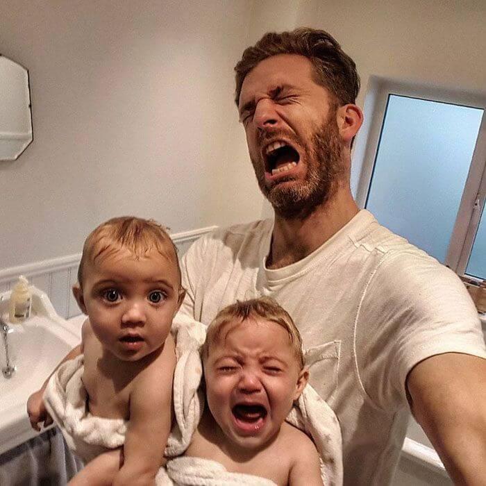 papa-chetyreh-dochek-pokoril-instagram-6