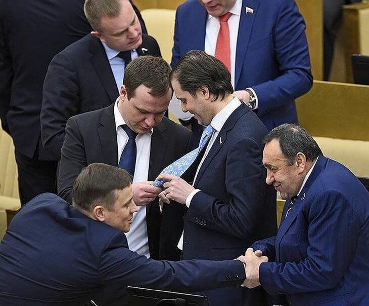 amerikantsy-byli-porazheny-kogda-uvideli-budni-etih-deputatov-8