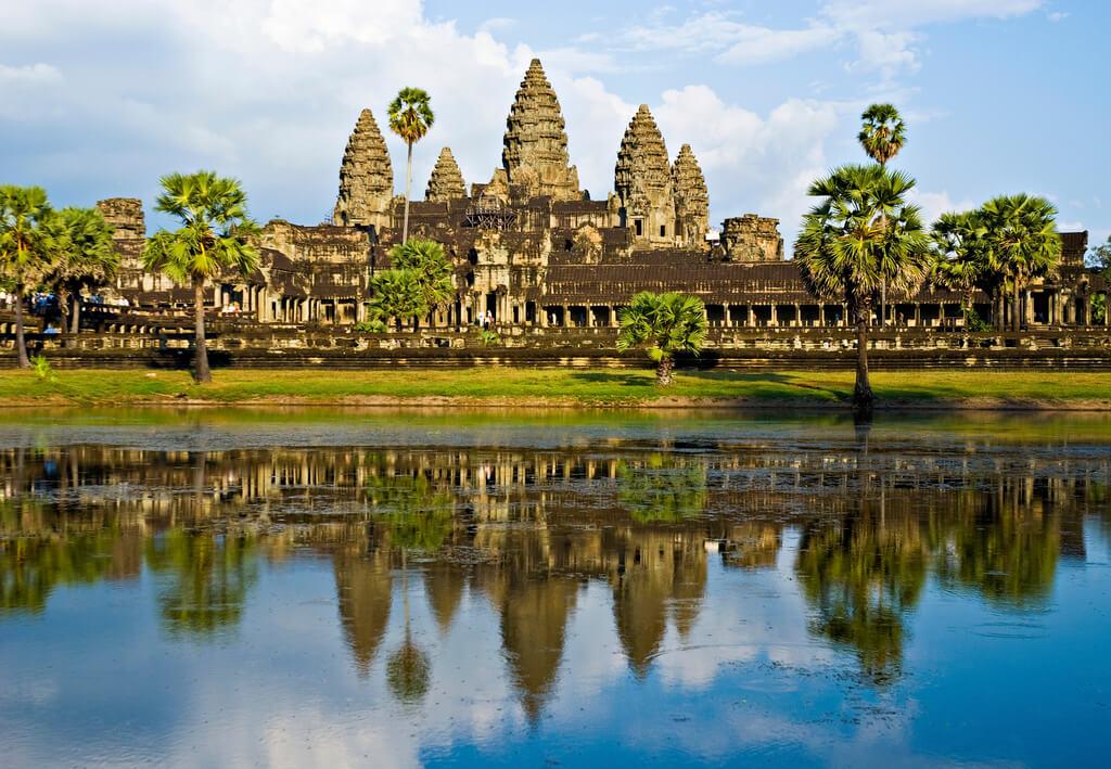 Ангкор, затерянный в джунглях древний мегаполис (фото)