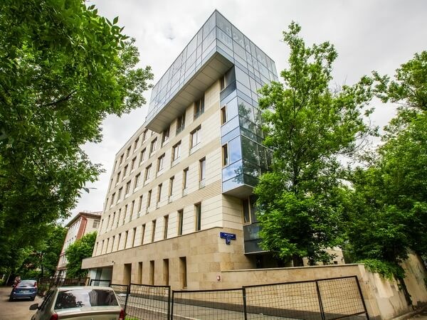 Сколько стоят столичные квартиры российских звезд?