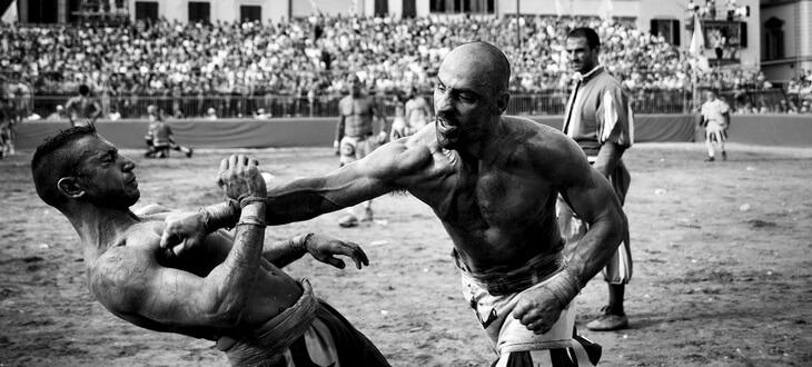 https://luxalux.ru/florentiyskiy-kalcho-samyy-brutalnyy-i-zhestkiy-sport-v-mire-foto-i-video-4