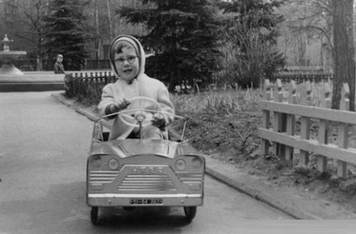 https://luxalux.ru/detskie-pedalnye-avtomobili-vremen-sssr-2