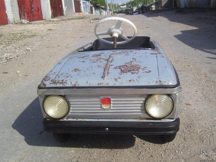 https://luxalux.ru/detskie-pedalnye-avtomobili-vremen-sssr-3