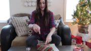 Гениальный лайфхак — как идеально обернуть новогодние подарки — и это так просто!