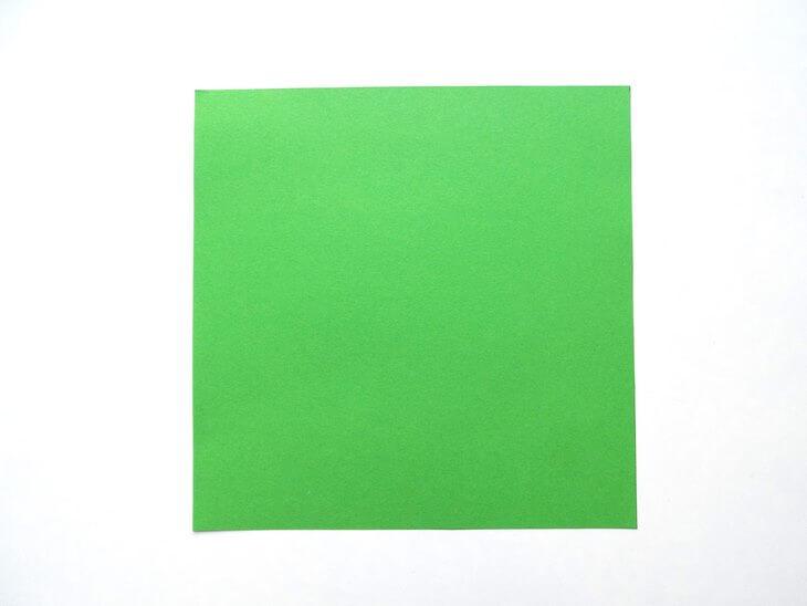 kak-sdelat-elochku-iz-bumagi-v-tehnike-origami-post-luxalux.ru-3