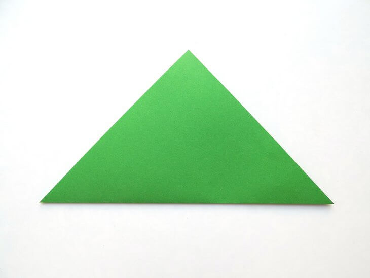 kak-sdelat-elochku-iz-bumagi-v-tehnike-origami-post-luxalux.ru-4