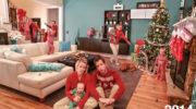 Молодые родители стали делать рождественские открытки пять лет назад, и со временем они становятся все более шикарными