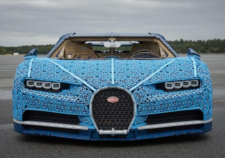 LEGO построил управляемый Bugatti Chiron из более чем 1 миллиона деталей