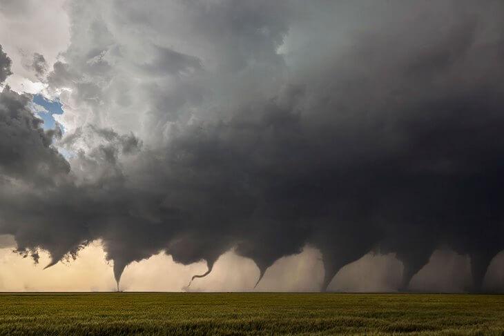 tornado-evolution-luxalux-post-1