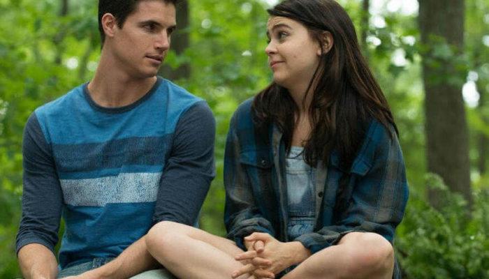6 современных фильмов о любви подростков и прекрасных школьных годах