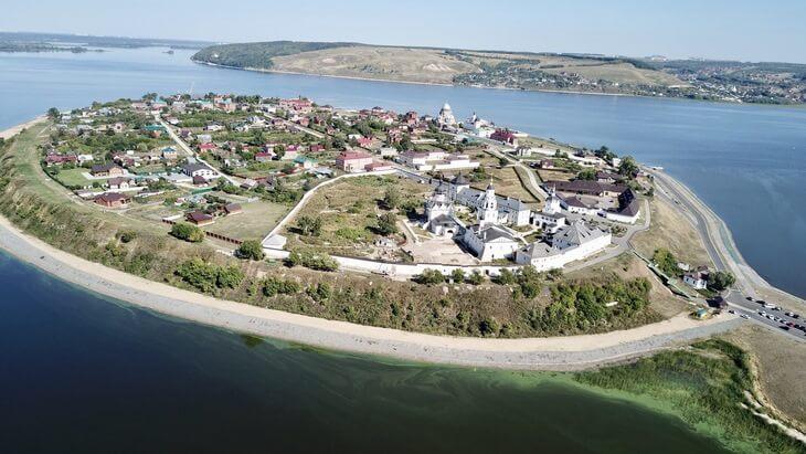 Sviyazhsk-ostrov-grad-1